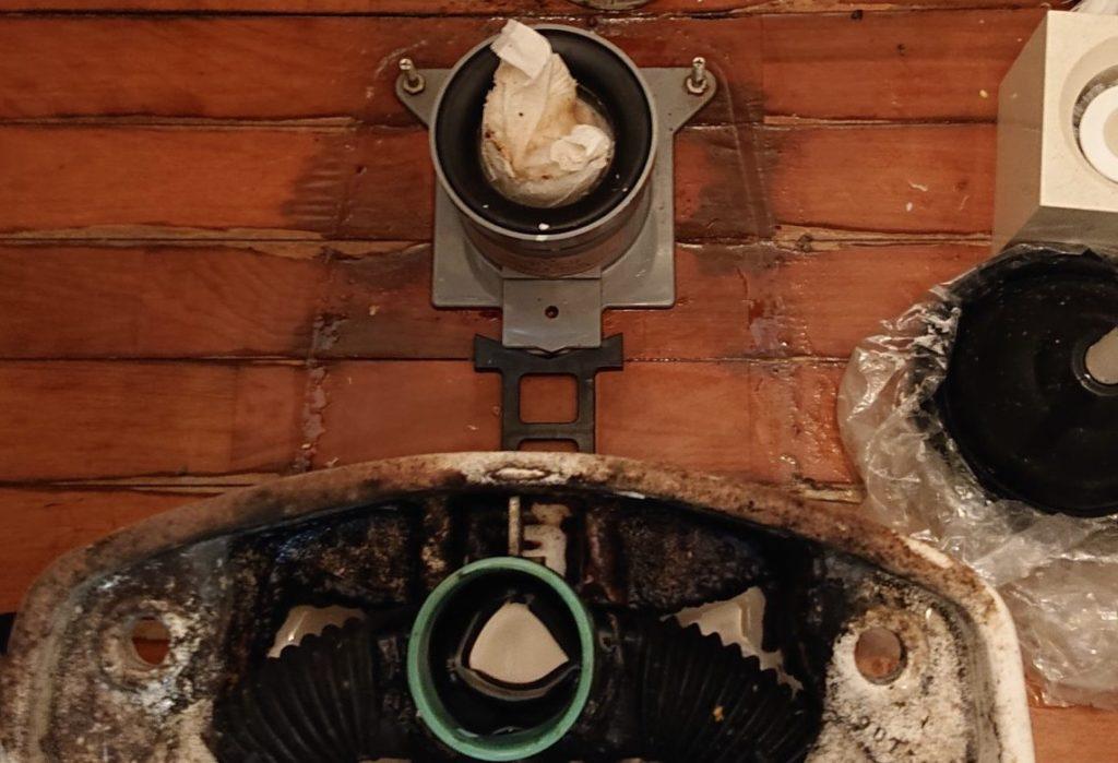 トイレの異物つまり!便器を取り外して解決!【福岡市南区井尻の事例】