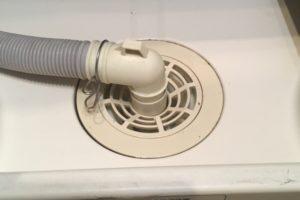 洗濯機排水口から異臭!薬品で洗浄して即解決!(薬品・高圧洗浄【○地域名○の事例】