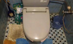 簡易水洗トイレ水漏れ|新しい便器と交換して解決!【福岡県飯塚市の事例】