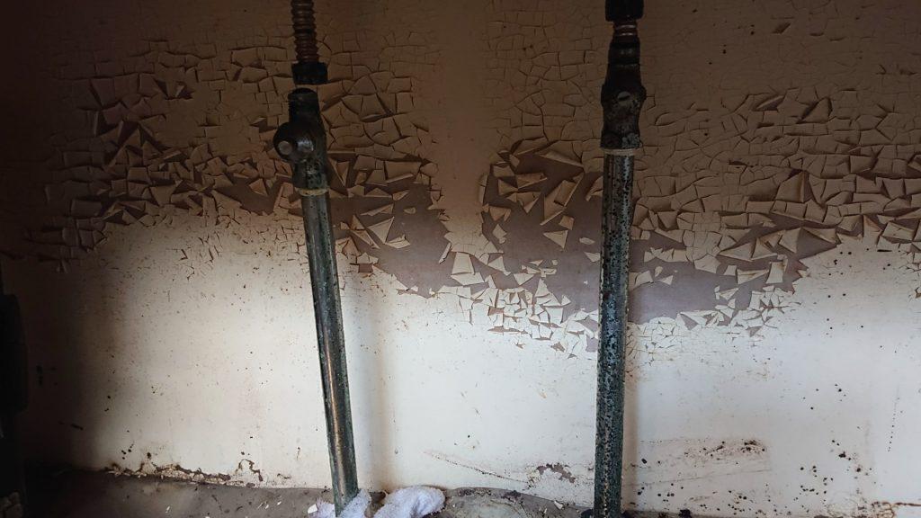 水道(給水管)の水漏れ シンクしたの給水管からの水漏れに注意!